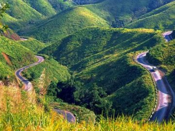 danang to hue by car